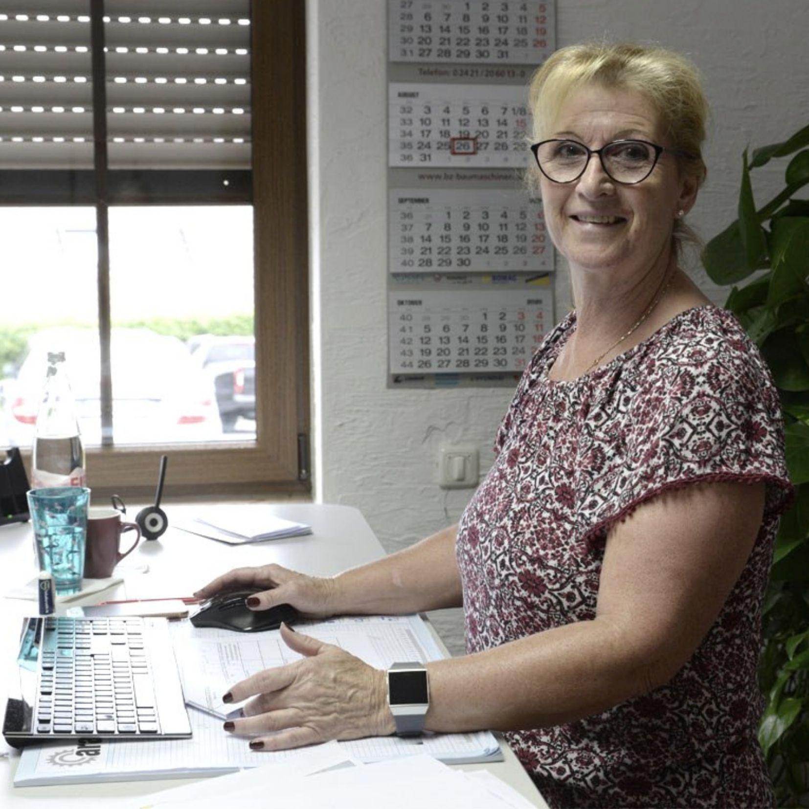 Zufriedene Mitarbeiter - Digitales BGM